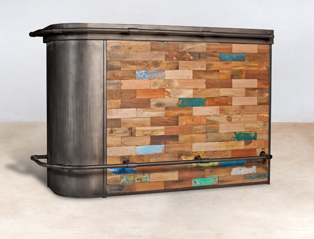 bar en bois recyclés de bateaux - coin gauche - détails