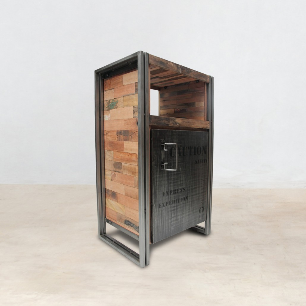 meuble en bois recycl 1 niche 1 porte m tal industryal. Black Bedroom Furniture Sets. Home Design Ideas