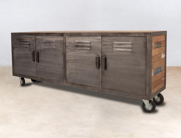 Meuble tv en bois recycls 4 portes m tal sur roulettes for Meuble 4 portes but