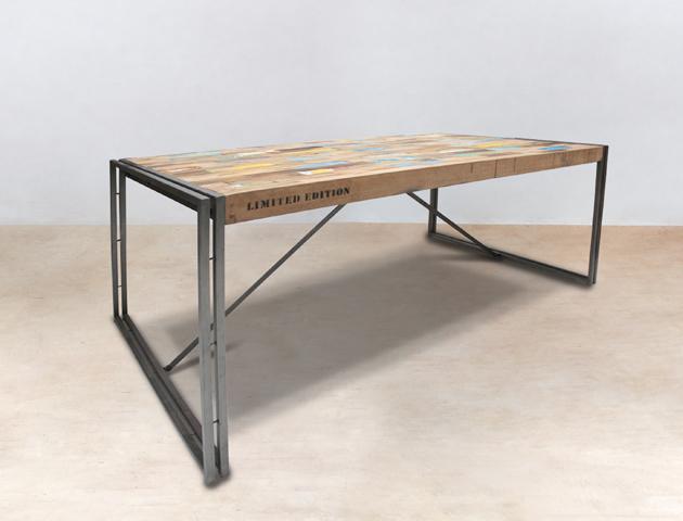 table à manger rectangulaire 250cm en bois recyclé -détails