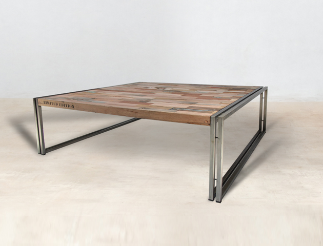Table basse carr e 120cm en bois recycl s industryal for Table carree 120 cm