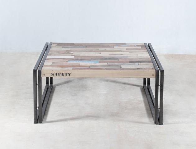 table basse carrée 80cm en bois recyclés de bateaux – détails